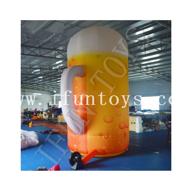 Oktoberfest Festival Day Inflatable Beer Mug / Inflatable Beer Can Bottle for Advertising