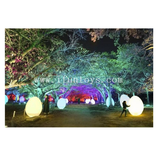 Color Changing Inflatable PVC Easter Eggs / LED Light Inflatable Eggs Balloon for Outdoor Decoration